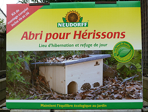 Abri herissons Neudorff Boite P1070113