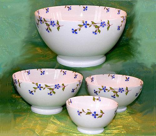bol en porcelaine decor fleur bleue barbeau ancien