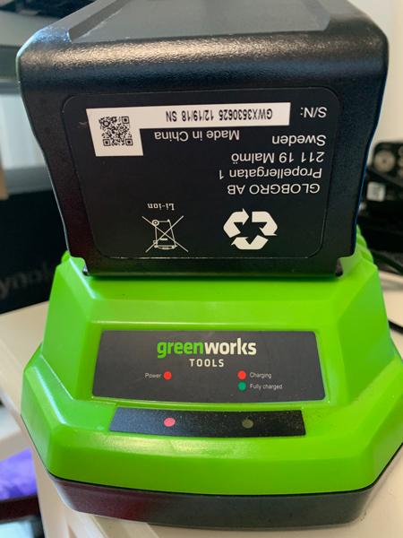 Chargement Batterie Greenworks Mioulane NewsJardinTV Jardimiou IMG 3222